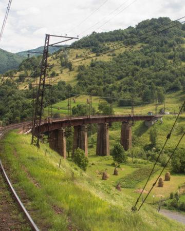 Przejazd najpiękniejszą koleją Karpat Wschodnich